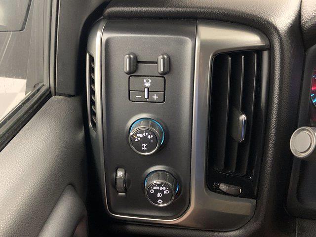 2018 Chevrolet Silverado 1500 Crew Cab 4x4, Pickup #21C427A - photo 16