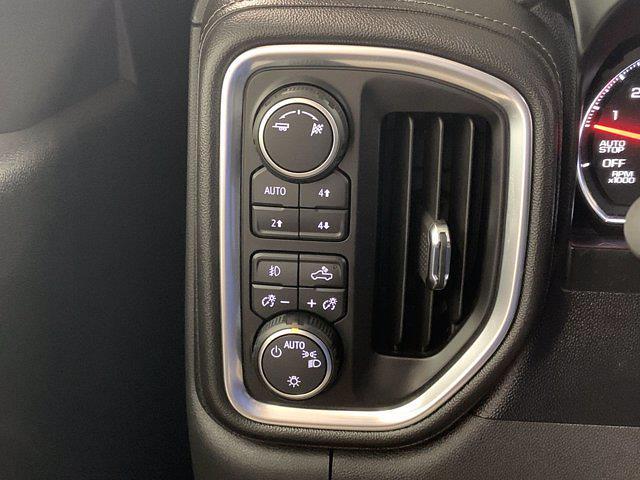 2019 Chevrolet Silverado 1500 Crew Cab 4x4, Pickup #21C438A - photo 18