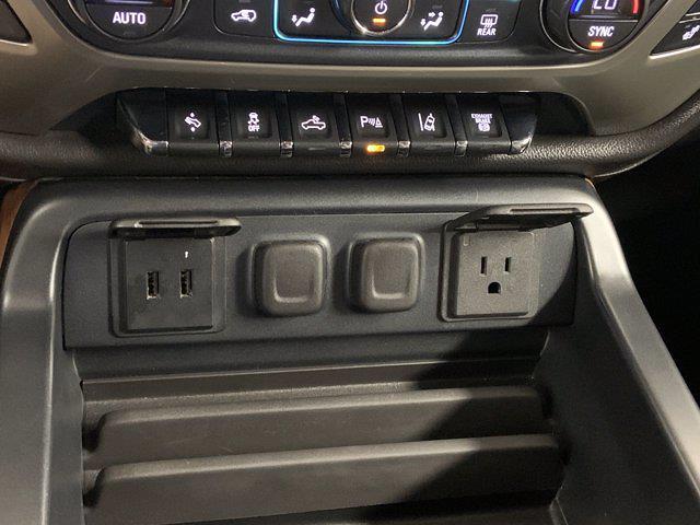2017 Chevrolet Silverado 3500 Crew Cab 4x4, Pickup #21C440A - photo 24