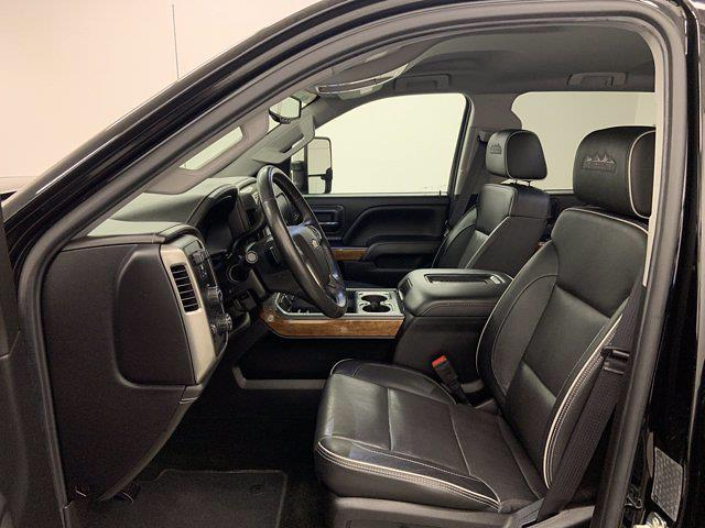2017 Chevrolet Silverado 3500 Crew Cab 4x4, Pickup #21C440A - photo 4