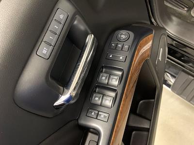 2017 Chevrolet Silverado 3500 Crew Cab 4x4, Pickup #21C440A - photo 9