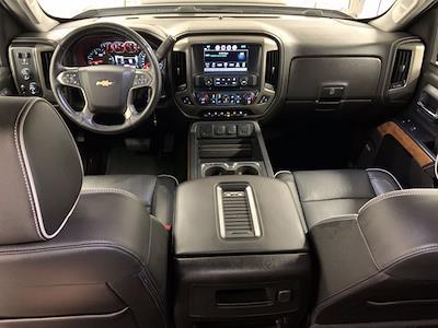2017 Chevrolet Silverado 3500 Crew Cab 4x4, Pickup #21C440A - photo 5