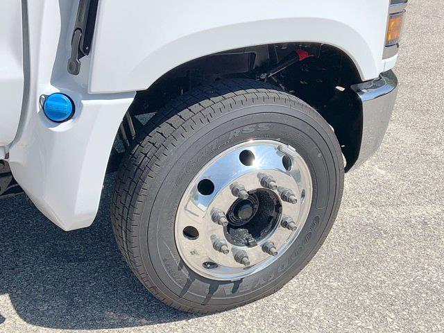 2021 Silverado 6500 Regular Cab DRW 4x2,  Monroe Truck Equipment Platform Body #21C441 - photo 24