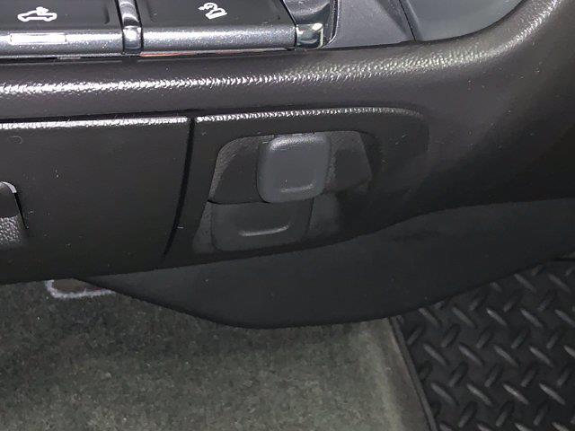 2016 Chevrolet Silverado 1500 Crew Cab 4x4, Pickup #21F257A - photo 22