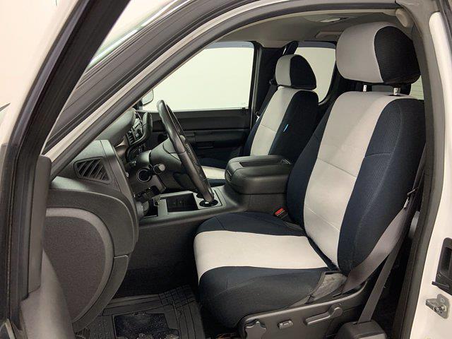 2009 Chevrolet Silverado 1500 Extended Cab 4x4, Pickup #21F257B - photo 9
