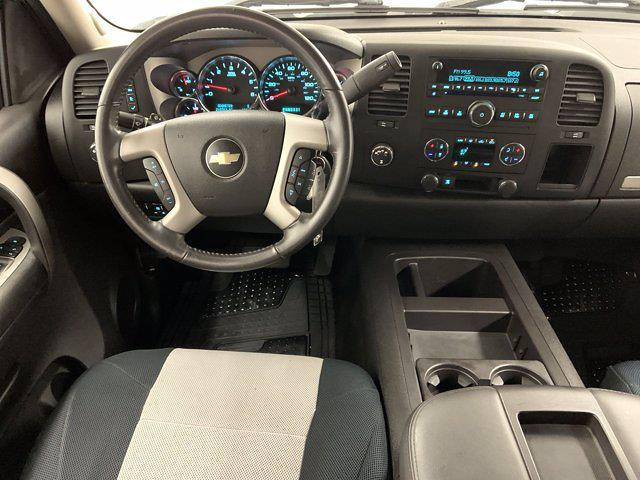 2009 Chevrolet Silverado 1500 Extended Cab 4x4, Pickup #21F257B - photo 13