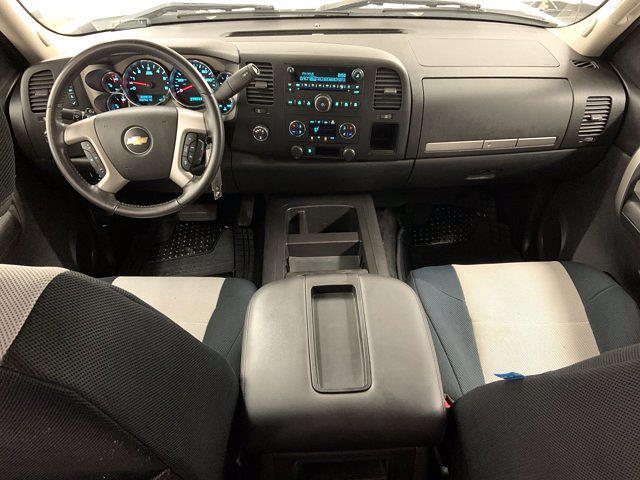 2009 Chevrolet Silverado 1500 Extended Cab 4x4, Pickup #21F257B - photo 5