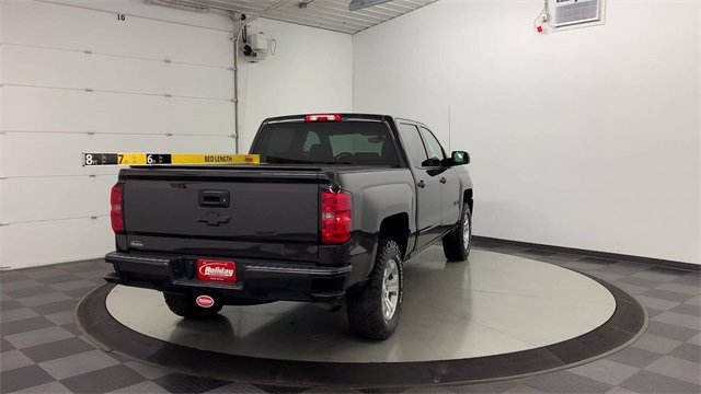 2016 Chevrolet Silverado 1500 Crew Cab 4x4, Pickup #21G488A - photo 2