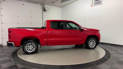 2019 Chevrolet Silverado 1500 Crew Cab 4x4, Pickup #21G666A - photo 2