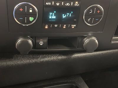 2008 Chevrolet Silverado 2500 Extended Cab 4x4, Pickup #21G753A - photo 19