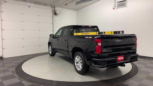2020 Chevrolet Silverado 1500 Crew Cab 4x4, Pickup #21G915A - photo 3