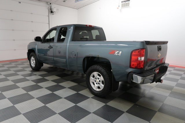2008 Silverado 1500 Extended Cab 4x4, Pickup #A5530A - photo 2