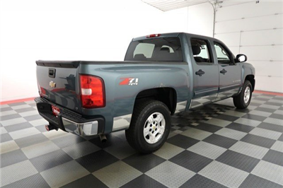 2009 Silverado 1500 Crew Cab 4x4 Pickup #A5811A - photo 4