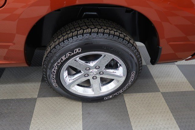 2013 Ram 1500 Crew Cab 4x4, Pickup #A6975A - photo 24