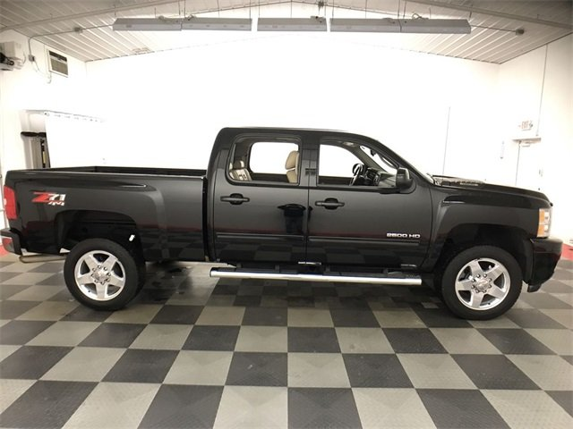 2013 Silverado 2500 Crew Cab 4x4,  Pickup #A8951A - photo 2