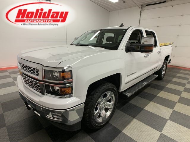 2015 Silverado 1500 Crew Cab 4x4,  Pickup #W1256 - photo 1