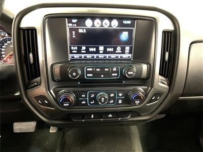 2017 Silverado 1500 Crew Cab 4x4,  Pickup #W1476 - photo 29