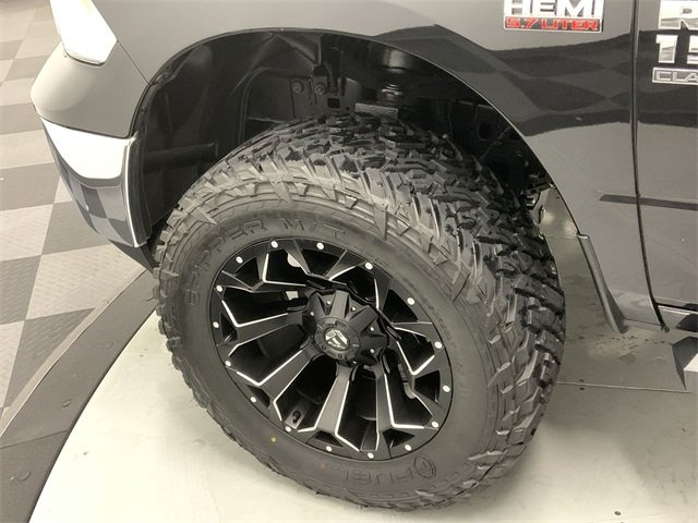 2019 Ram 1500 Crew Cab 4x4, Pickup #W2622 - photo 5