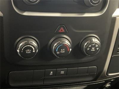 2019 Ram 1500 Crew Cab 4x4, Pickup #W2622 - photo 21