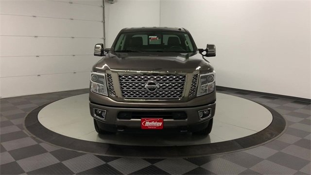 2016 Titan XD Crew Cab 4x4, Pickup #W2749 - photo 33
