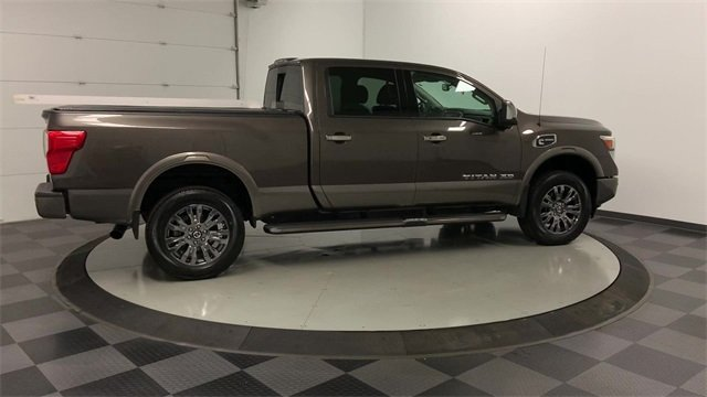 2016 Titan XD Crew Cab 4x4, Pickup #W2749 - photo 36