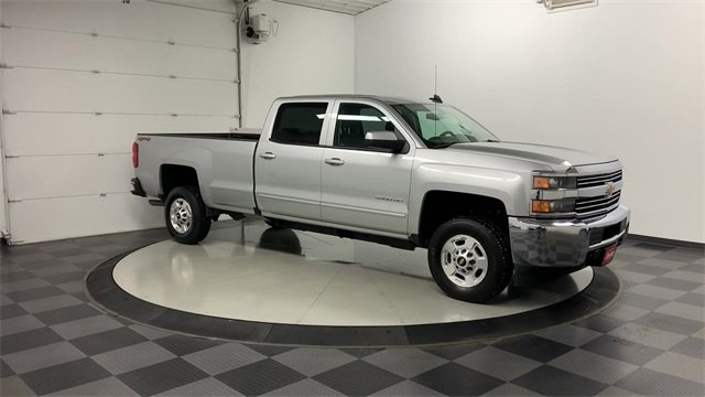 2018 Silverado 2500 Crew Cab 4x4, Pickup #W2945 - photo 29