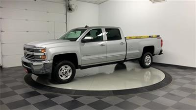2018 Silverado 2500 Crew Cab 4x4, Pickup #W2945 - photo 3