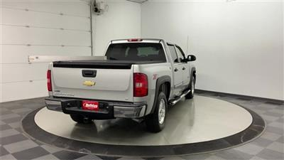 2010 Silverado 1500 Crew Cab 4x4, Pickup #W3404A - photo 2