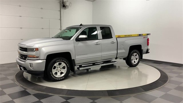 2018 Silverado 1500 Double Cab 4x4, Pickup #W3567 - photo 3