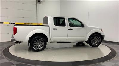 2012 Nissan Frontier Crew Cab 4x4, Pickup #W4046 - photo 2
