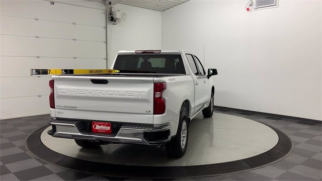 2019 Chevrolet Silverado 1500 Crew Cab 4x4, Pickup #W4048 - photo 2