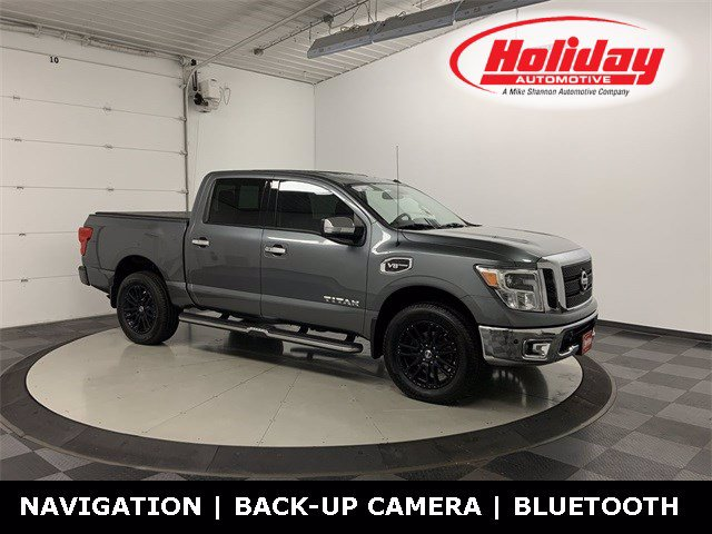 2017 Nissan Titan Crew Cab 4x4, Pickup #W4575 - photo 1