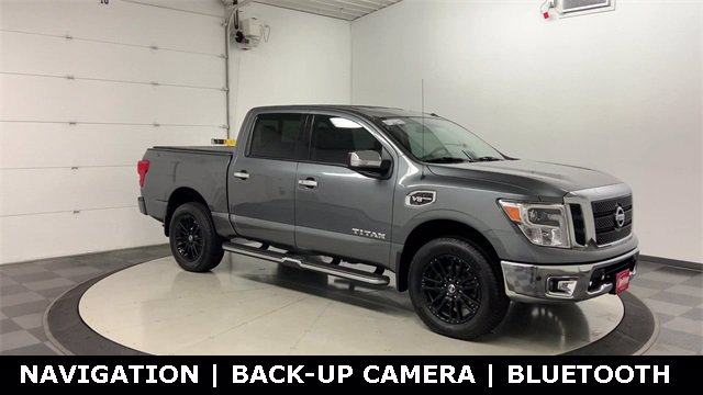 2017 Nissan Titan Crew Cab 4x4, Pickup #W4575 - photo 34