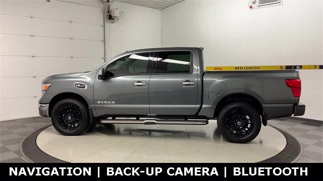 2017 Nissan Titan Crew Cab 4x4, Pickup #W4575 - photo 37