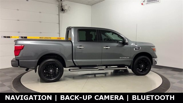 2017 Nissan Titan Crew Cab 4x4, Pickup #W4575 - photo 38