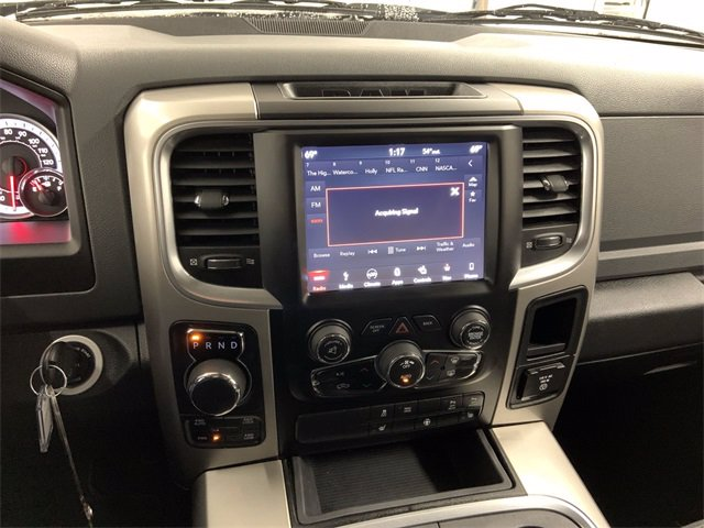 2018 Ram 1500 Crew Cab 4x4, Pickup #W4846 - photo 18