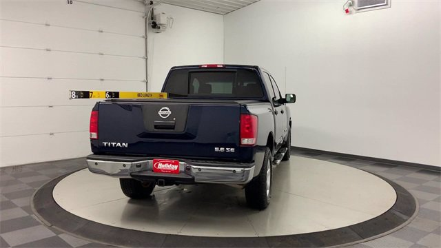 2008 Nissan Titan 4x4, Pickup #W4872A - photo 2