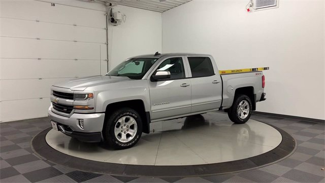 2017 Chevrolet Silverado 1500 Crew Cab 4x4, Pickup #W4875 - photo 35