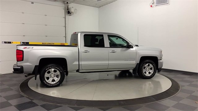 2017 Chevrolet Silverado 1500 Crew Cab 4x4, Pickup #W4875 - photo 37