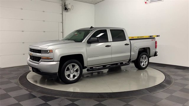 2018 Chevrolet Silverado 1500 Crew Cab 4x4, Pickup #W4898 - photo 34