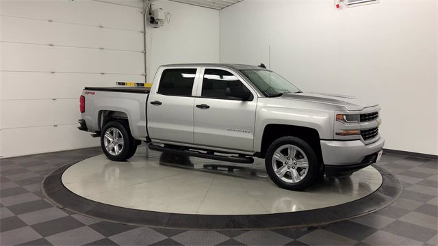 2018 Chevrolet Silverado 1500 Crew Cab 4x4, Pickup #W4898 - photo 37
