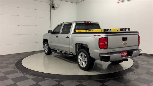 2018 Chevrolet Silverado 1500 Crew Cab 4x4, Pickup #W4898 - photo 3