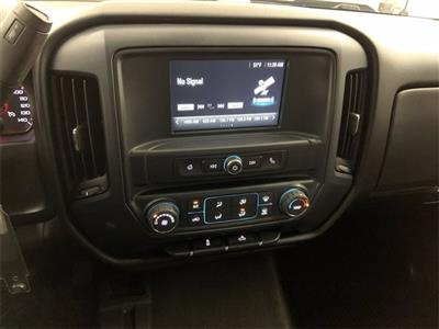 2018 Chevrolet Silverado 1500 Crew Cab 4x4, Pickup #W4898 - photo 17
