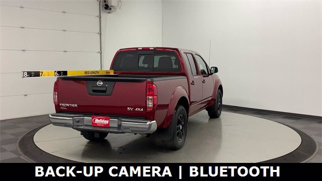 2019 Nissan Frontier Crew Cab 4x4, Pickup #W4900 - photo 2