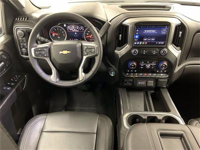 2019 Chevrolet Silverado 1500 Crew Cab 4x4, Pickup #W4960 - photo 17