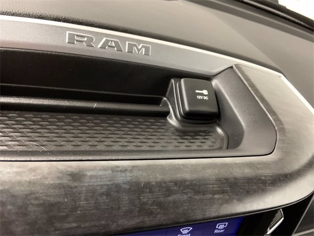 2019 Ram 1500 Crew Cab 4x4, Pickup #W4997 - photo 23