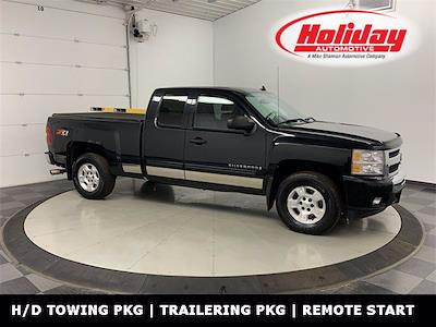 2009 Chevrolet Silverado 1500 Extended Cab 4x4, Pickup #W5004A - photo 1