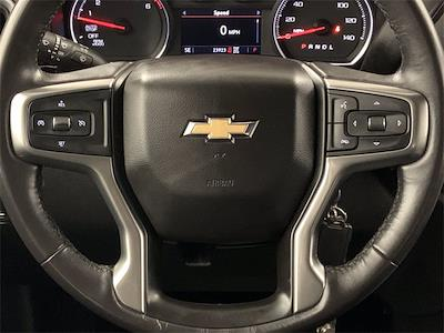 2020 Chevrolet Silverado 1500 Crew Cab 4x4, Pickup #W5426 - photo 13