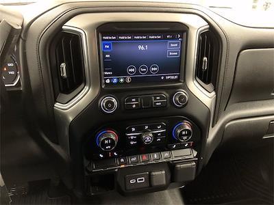 2020 Chevrolet Silverado 1500 Crew Cab 4x4, Pickup #W5426 - photo 16