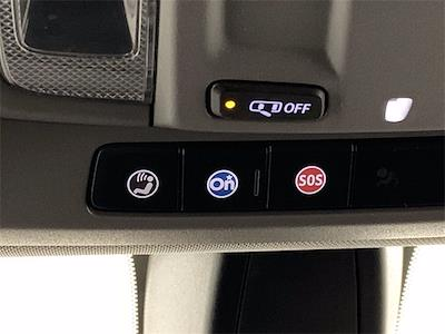 2020 Chevrolet Silverado 1500 Crew Cab 4x4, Pickup #W5426 - photo 22
